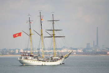 na-vodi_brod_Jadran-1