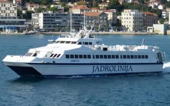 na-vodi_brod-judita