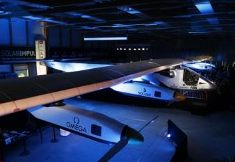 na-vodi_solarni-avion-1