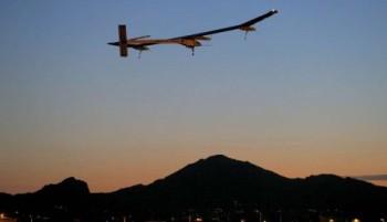 na-vodi_solarni-avion-5