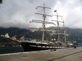 na-vodi_brod-Belem