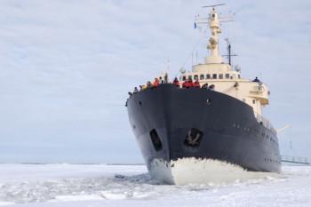 na-vodi_arktik-3