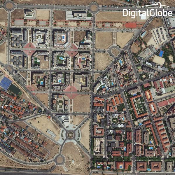 na-vodi_satelit-WorldView-3
