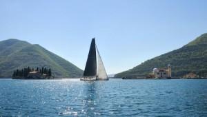 na-vodi_regata-tisucu-otoka-01