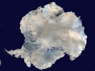 na-vodi_antarktik-01