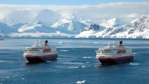 na-vodi_antarktik