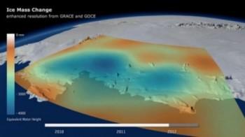 na-vodi_led-na-antarktiku