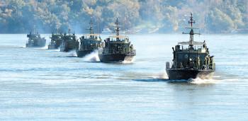 na-vodi_vojska-brodovi