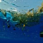 na-vodi_plastika