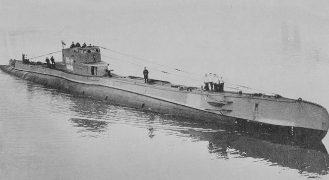 na-vodi_orzel-podmornica