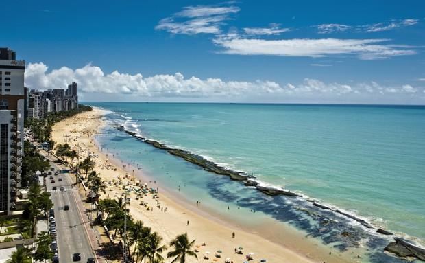 na-vodi_plaza-recife-brazil