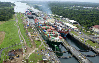 na-vodi_panamski-kanal