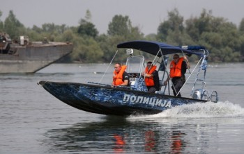 na-vodi_recna-policija