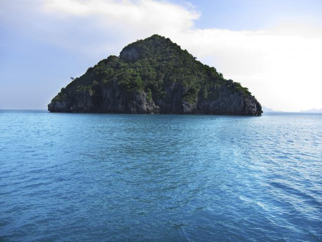 na-vodi_ostrvo-zmija