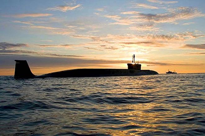 na-vodi_podmornica-Vladimir-Monomah