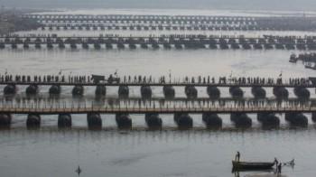 na-vodi_gang-indija-most