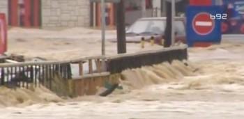 na-vodi_poplava