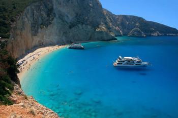 na-vodi_plaza-Lefkada-Greec