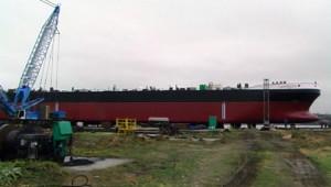 na-vodi_tanker-Lapresta