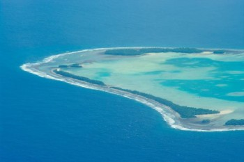 na-vodi_ostrvo-drzava-tuvalu