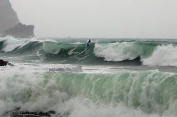 na-vodi_surfer-budvanizacija