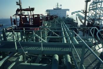 na-vodi_nafta