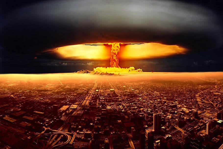 NA_VODI_atomkskaeksplozija01