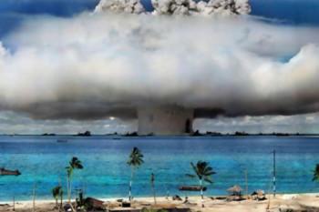 NA_VODI_atomkskaeksplozija02