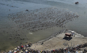 ARGENTINA-GUINNESS-RECORD-FLOATING