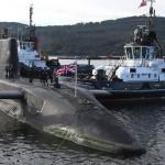NA_VODI_engleska_podmornica02