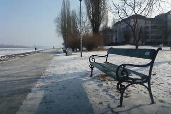NA_VODI_klupa_dunav01