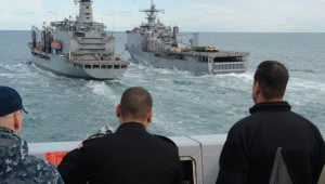 NA_VODI_amerika_mornarica02