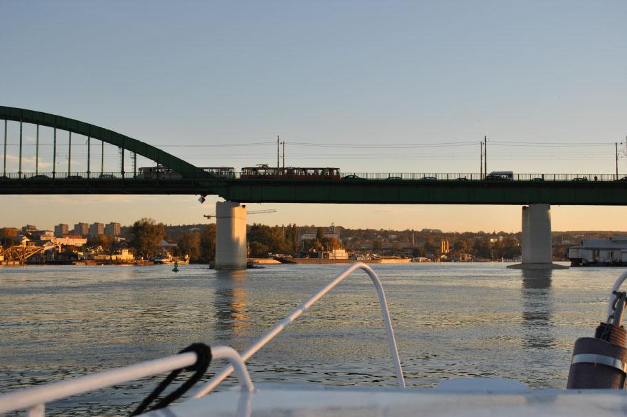 NA_VODI_sava_most
