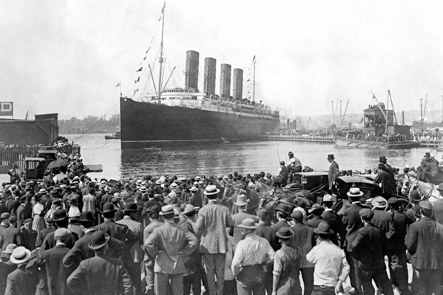 Cunard Liner Lusitania Departing New York