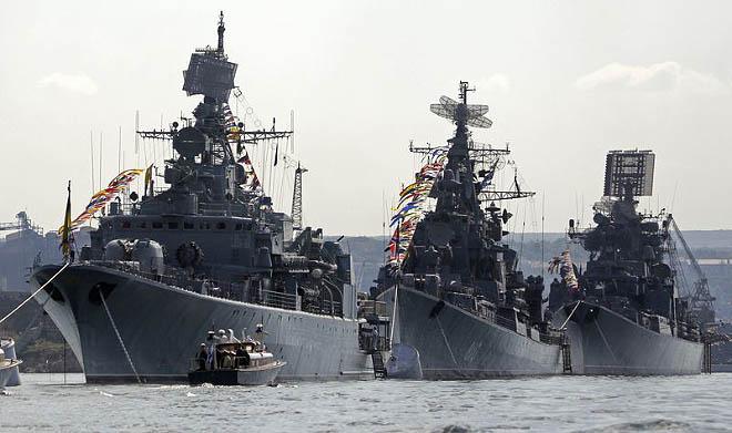 NA_VODI_rusija_crnomorska_flota01
