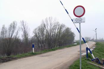 NA_VODI_savski_nasip01