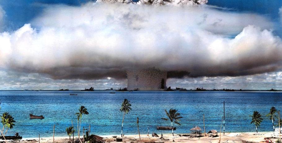 NA_VODI_bikini_atoll01