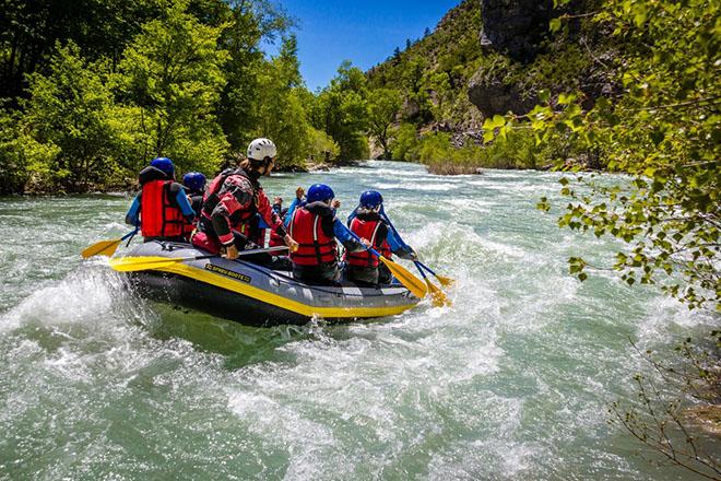 NA_VODI_rafting02