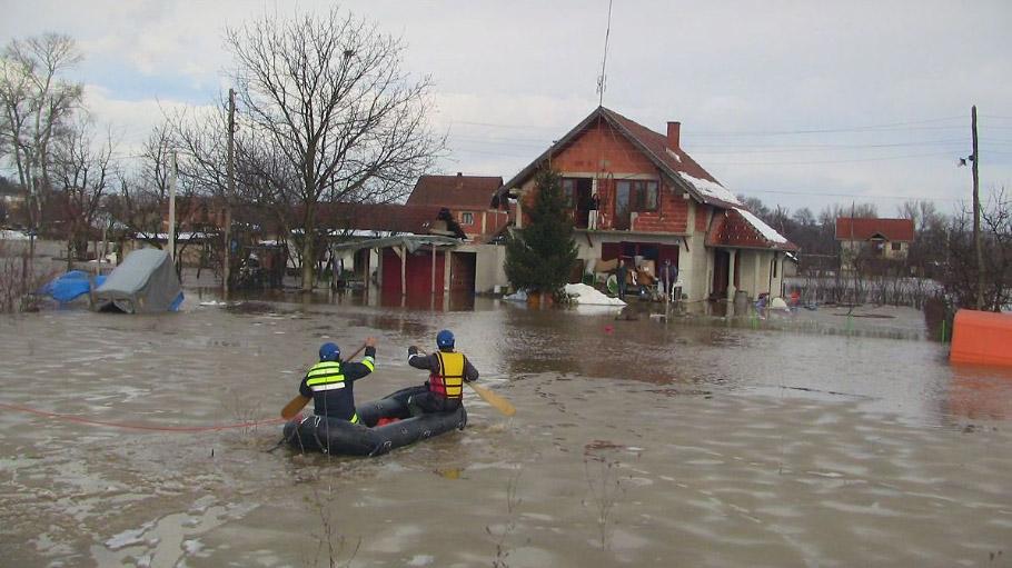 NA_VODI_poplava01