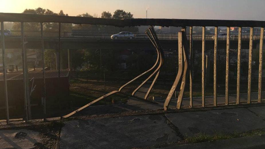 NA_VODI_pancevacki_most01