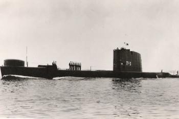NA_VODI_podmornica_izrael02