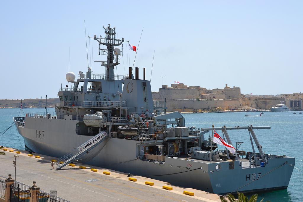NA_VODI_engleska_mornarica02